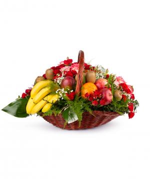 Կոմպոզիցիա «Լինտգեն» ծաղիկներով և մրգերով