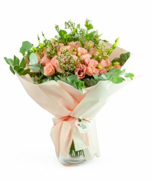 "Bouquet ""Buchine"" with lisianthus"