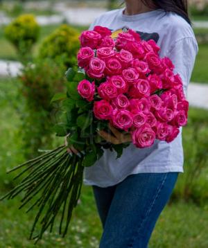 Վարդեր «All 4 love» վարդագույն 41 հատ