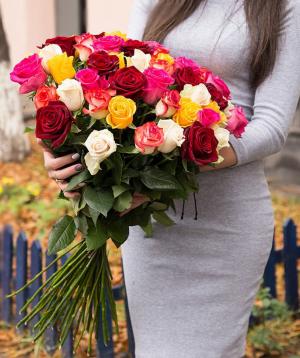 Վարդեր «Ադաներո» գույնզգույն 51 հատ