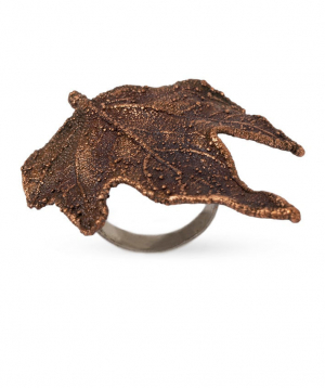 """Ring """"CopperRight""""made from a real platanusleaf"""