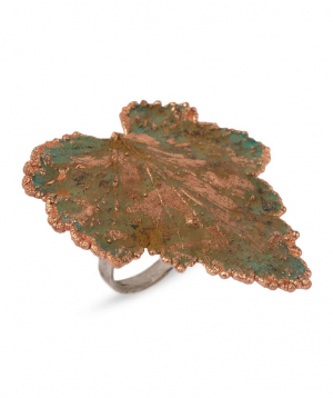 """Ring """"CopperRight"""" made from a real currant leaf"""