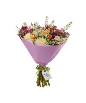 Ծաղկեփունջ «Բելֆաստ» գեորգինաներով և դաշտային ծաղիկներով