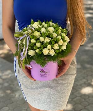 Կոմպոզիցիա «Պատրիկա» փնջային վարդերով