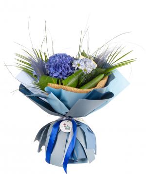 Ծաղկեփունջ «Կանդի» հորտենզիաներով, վարդերով  և քրիզանթեմներով