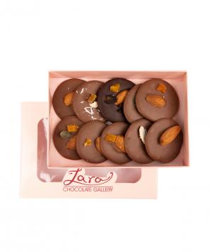 Շոկոլադե հավաքածու «Lara Chocolate» ընդեղենով