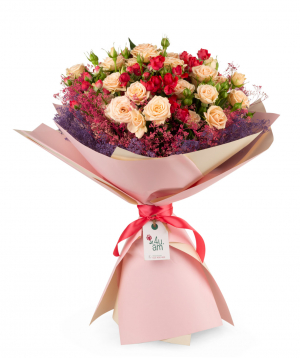 Ծաղկեփունջ «Բրանտֆորդ» վարդերով և չորածաղիկներով