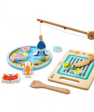 Game fishing, wooden