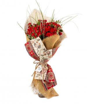 Ծաղկեփունջ «Էլիս թաուն» վարդերով
