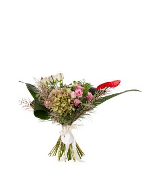 Ծաղկեփունջ «Վալդիզոտո» վարդերով և լիզիանտուսներով
