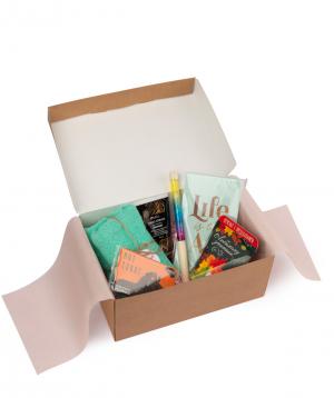"Gift box ""Wonder Me"" life is the art"