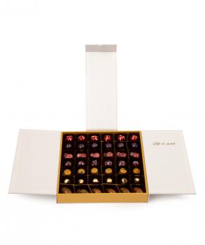 Շոկոլադե հավաքածու «Lara Chocolate» սպիտակ մեծ