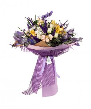 Ծաղկեփունջ «Կոբրին» վարդերով, խոլորձներով և գիպսաֆիլաներով