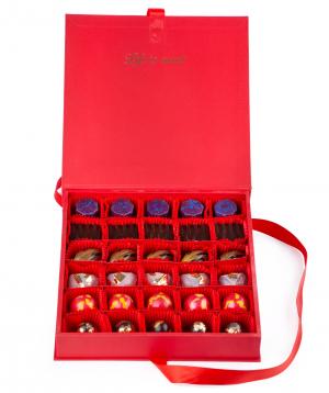 Շոկոլադե հավաքածու «Lara Chocolate» կարմիր մեծ