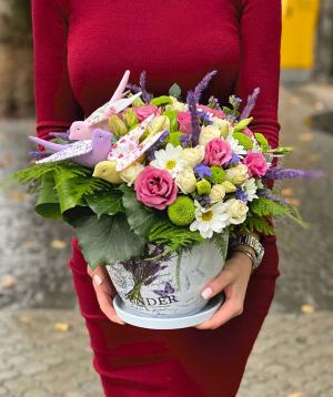 Կոմպոզիցիա «Ակապուլկո» վարդերով և քրիզանթեմներով