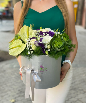 Arrangement `Formatsa` with spray roses and lisianthus