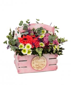 Կոմպոզիցիա «Մարսա» վարդերով, հերբերաներով և քրիզանթեմներով