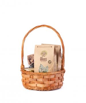 "Basket ""Akos"" with tea, fruit lavash, dried fruit and honey"