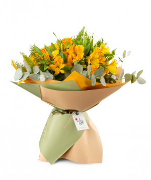 "Bouquet ""Mantua"" with roses and alstroemerias"
