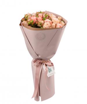 Ծաղկեփունջ «Զիվա» պիոն վարդերով