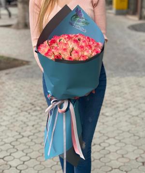 Ծաղկեփունջ  «Արբոլեաս» վարդերով