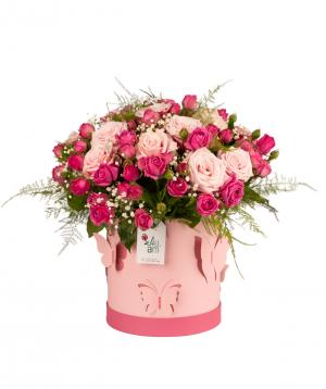 Կոմպոզիցիա «Ալլեգե» վարդերով և գիպսոֆիլաներով