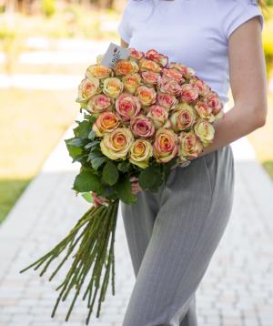 Roses «Brocante» pink 31 pcs