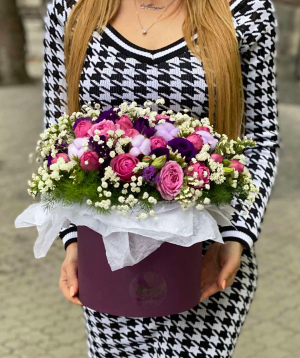 Composition `Sagas` with peony roses and lisianthus