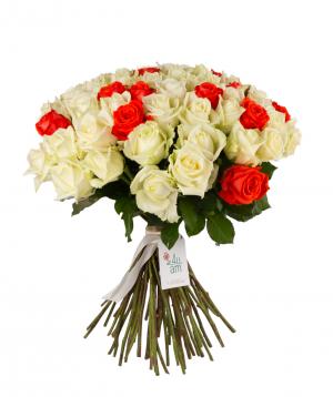 Roses `White Naomi & Oww` mix 59 pieces