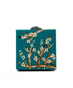"Tea ""Dilli Tea"" in a wooden box №1"