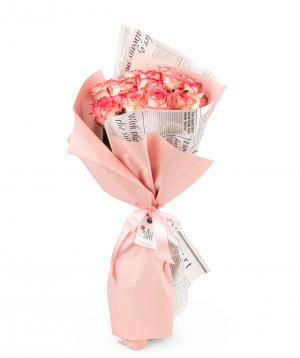 Bouquet `Lardero` with roses