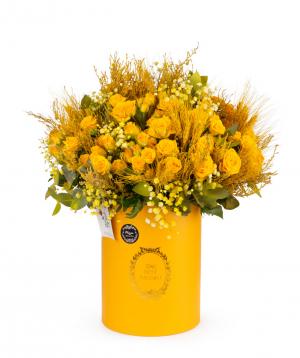 Կոմպոզիցիա «Ադրիա» վարդերով, ցորենի հասկերով և գիպսոֆիլաներով