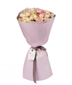 Ծաղկեփունջ «Մարինա» պիոն վարդերով
