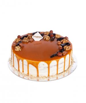 Cake `Honey` with prunes
