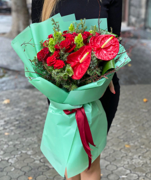 Bouquet `Kripan` with roses and anthuriums