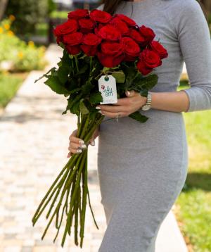 Roses `Prestige` red 15 pcs