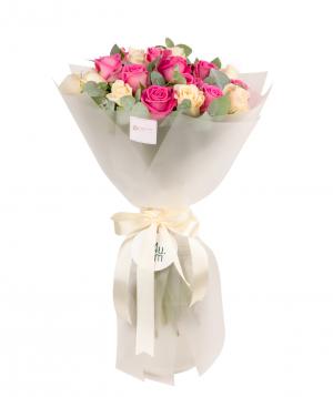 Ծաղկեփունջ «Բելինցոնա» վարդերով