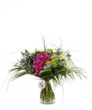 Ծաղկեփունջ «Պինսկ» հորտենզիաներով, վարդերով  և քրիզանթեմներով