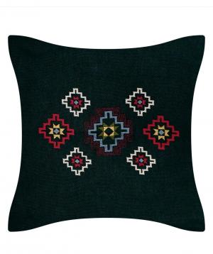 Բարձ «Miskaryan heritage» ասեղնագործ, հին հայկական գորգանախշով №30