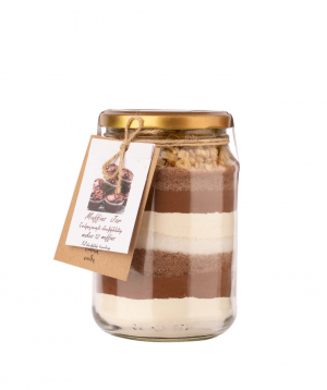 """Muffin """"Saryaneats"""" in a glass container"""