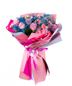 Bouquet `Runders` wit roses and field flowers