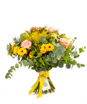 Bouquet `Kigali` with roses, hydrangeas and chrysanthemums