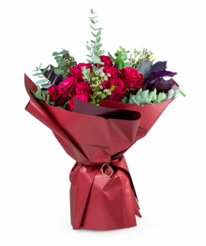 """Bouquet """"Acharoli"""" with red roses"""