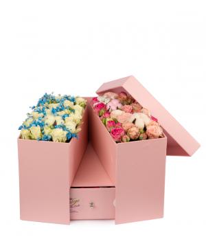 Կոմպոզիցիա  «Գոնես» ծաղիկներով և քաղցրավենիքով