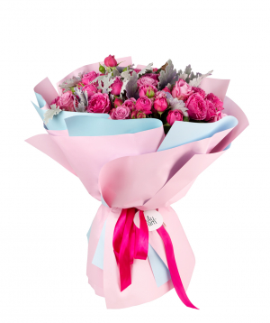 Bouquet `Niamey` of roses and peony roses