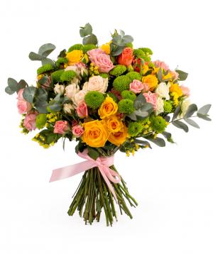 Bouquet `Ensenada` with roses