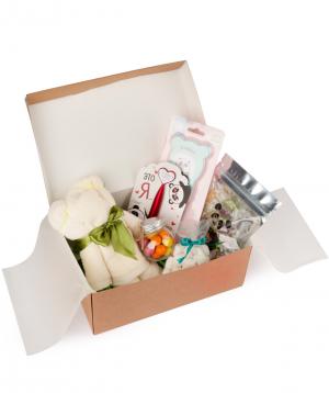 """Gift box """"Wonder Me"""" Panda"""