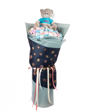 Arrangement `Narbonne` with sweets and teddy bear