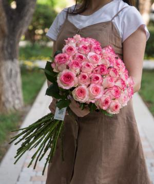 Roses «Jumilia» pink 41 pcs