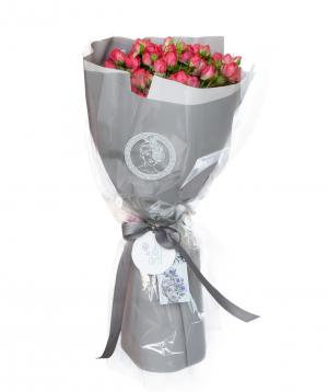 Bouquet `Diva`  bush peony rose